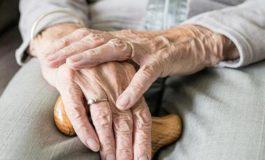 Da Cgil, Cisl, Uil: tutelare gli anziani è una battaglia per la dignità