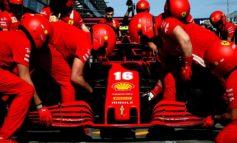 Ferrari grande e sfortunata, vince Verstappen su Mercedes