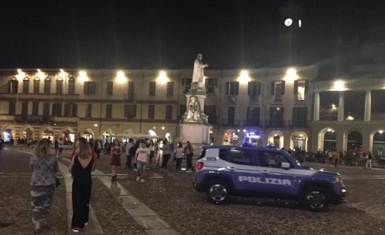 Movida selvaggia a Vercelli e i cittadini si ribellano: saranno arruolati dei vigilantes?