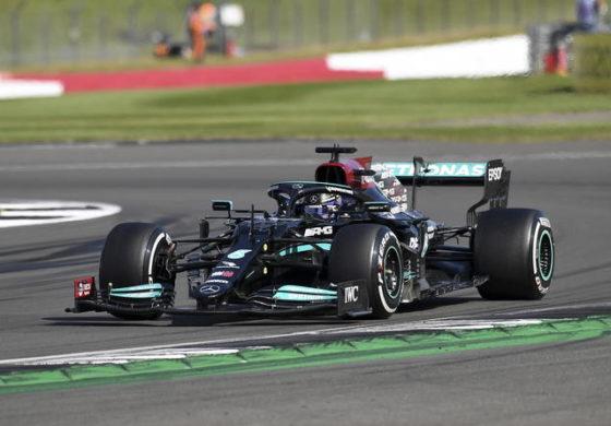 F1 – Silverstone: vince Hamilton, seconda la Ferrari di Leclerc