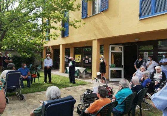 Al Ribero Luino di Ticineto un commovente minuto di silenzio in ricordo degli anziani vittime del Covid