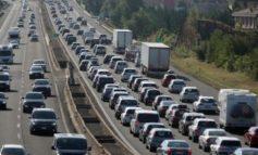 Sulle autostrade liguri altro fine settimana da incubo a causa di cantieri e code chilometriche