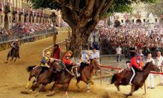 Palio di Asti a rischio a causa del Covid mentre la Douja D'Or si farà
