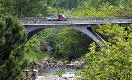 Ponte della statale 30 della Valle Bormida chiuso ai tir di oltre 40 tonnellate