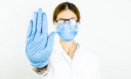Continua a Vercelli la guerra tra sanitari No Vax e direzione Asl